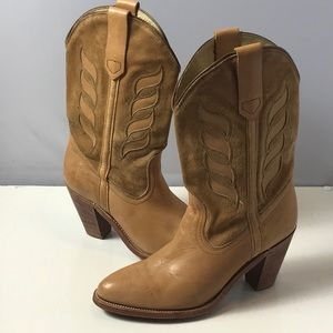 FRYE Cowboy Boots Pull On Size 8 Brown